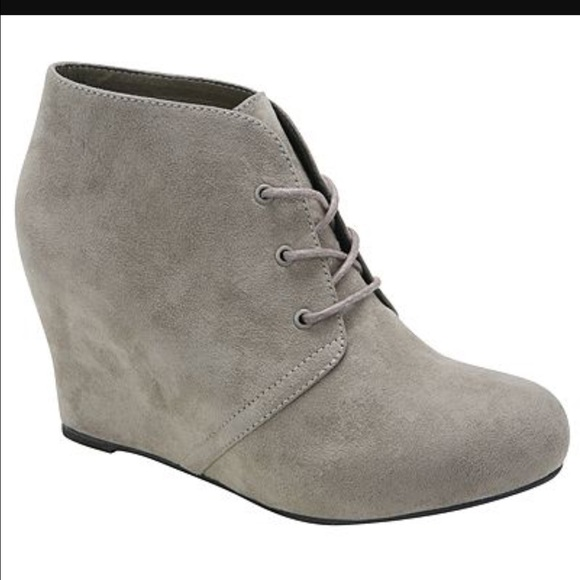 ad2db152c93 Xappeal Wedge Booties. M 587f6c0741b4e0e6d2000a10