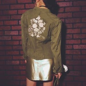 FLASH SALE ⬇️ PRICE DROP Embroided Army Jacket