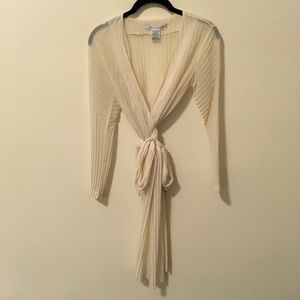 Diane von Furstenberg Tops - DVF Ivory Pleated Long Sleeve Wrap Blouse Top