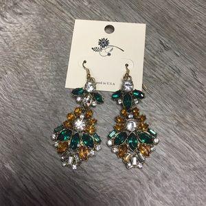 Jewelry - Gorgeous chandelier rhinestone prom earrings nwt