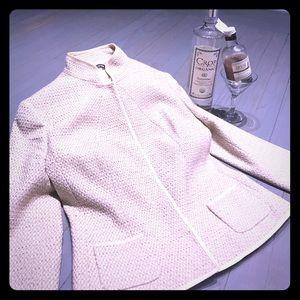 Tahari Jackets & Blazers - Tahari tan & cream stand up collar blazer