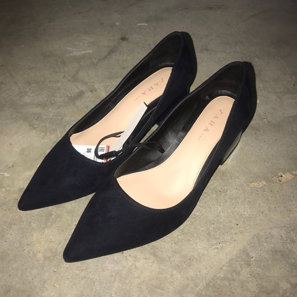 79f32deed19 Zara pointy toe chunky block low heels