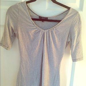 Striped 3/4 length Express shirt