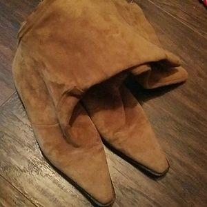 Suede Mid-calf Boots Size 36 / US 6 UC of Benetton