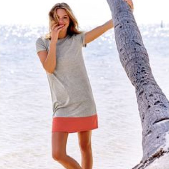 04f2a0b6fd3 Boden Dresses   Skirts - Boden summer tee shirt dress gray chili color