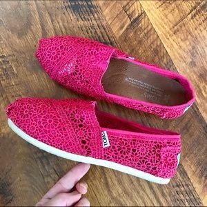 TOMS Pink Crochet Flats 7