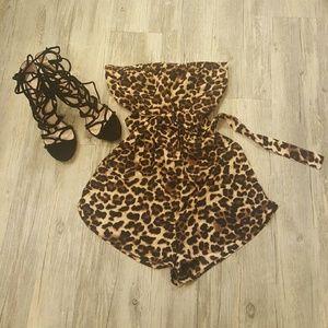 Dresses & Skirts - Strapless romper