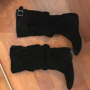 Shoes - Black boots!
