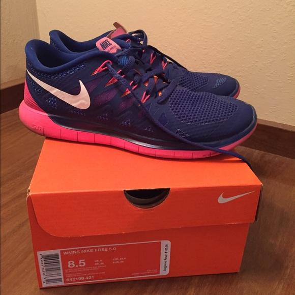 Nike Free Run 5.0 Women sz 8.5 dark bluehot pink