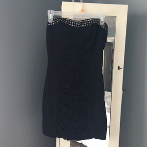 Black strapless short dress
