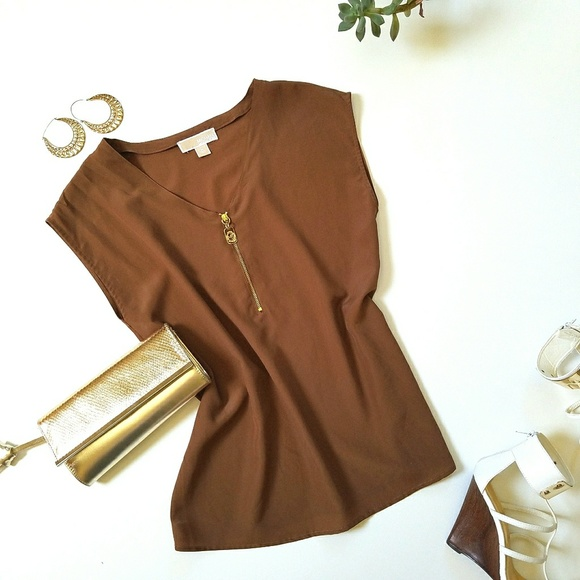 d100c8cdd4f6 Michael kors brown short sleeve gold zipper blouse.  M_59415e22ea3f36473e020823
