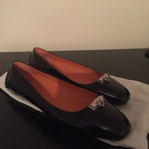 Hermes Shoes - Brand new Hermes black patent liberty flats.