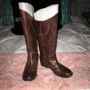 Gorgeous chocolate brown Diesel boots
