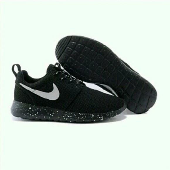 Oreo Speckled Nike Roshe Runs Nike Hyperdunk Philippines Blue  4b65be0b3