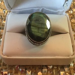 Gem Show Jewelry - Top Quality Faceted Labradorite Ring