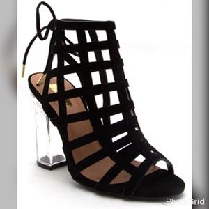 Shoes - Sassy Black Sandal