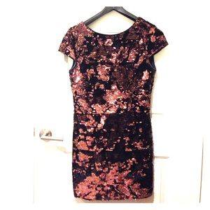 Vince Camuto Sequin Sheath Dress- Size 10