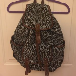 Aeropostale Handbags - Aeropostale Backpack 🎒