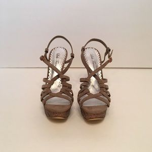 Lulu Townsend Shoes - *NEW* Lulu Townsend Taupe Strappy Platform Sandals