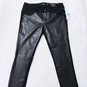 Hot Topic Pants - Hot Topic Black PU Leather Front Skinny Pants