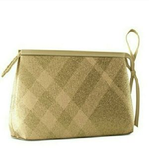 Burberry Handbags - 🆕Burberry Beauty Classic Cosmetic Bag