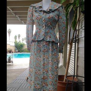 Leslie Fay Dresses & Skirts - Vintage Leslie Fay floral skirt suit