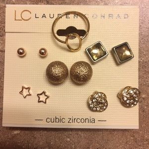 Set Of five earrings with bonus gold midi ring