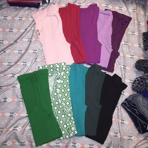 Lot of 10 Old Navy ribbed tank tops in size Small