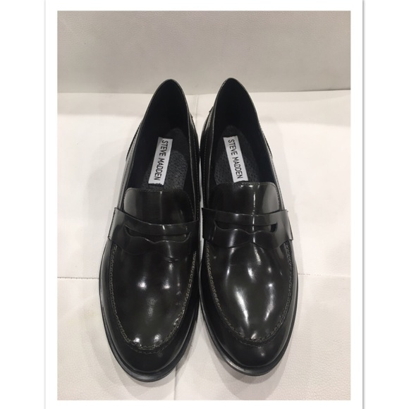 f6b95dac7e7 Steve Madden Penny Loafers NWT