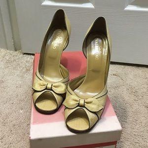 Valentino Garavani Shoes - 💥💥MOVING SALE💥💥Valentino Raf peep toe