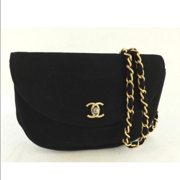 39796e04bcbf CHANEL Handbags - Chanel Fabric cross body bag. Authentic.
