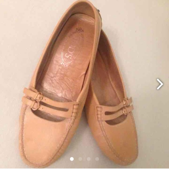 Tod's Schuhes   Tods Leder Leder Tods Driving Womans Nude 9 400   Poshmark c3c268