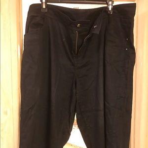 Venezia Pants - Plus size dress pants.