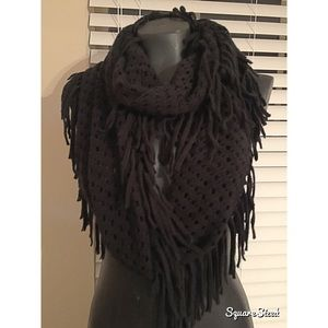 Accessories - Black fringe infinity scarf!
