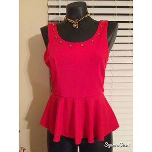 Tops - Beautiful red peplum top w/gold detailed neck line