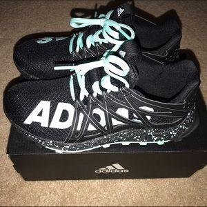 8ac07b60f Adidas Shoes - Women s Adidas Vigor Bounce size 5