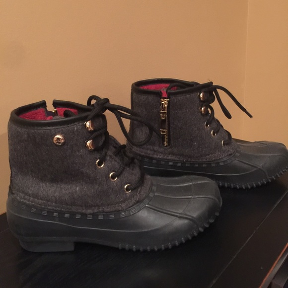 ea3782189f7 Tommy Hilfiger Roan Lace-up Duck Boots