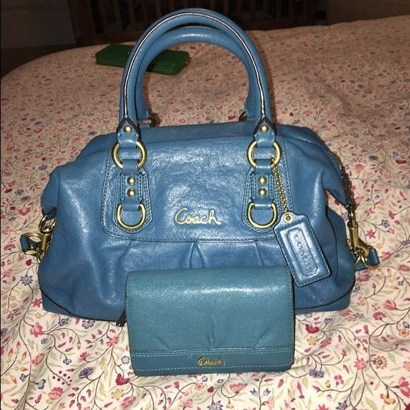 Coach ashley small satchel dimensions