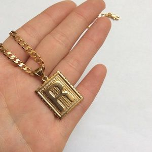 """Other - New 18k gold """" R """"necklace for men"""