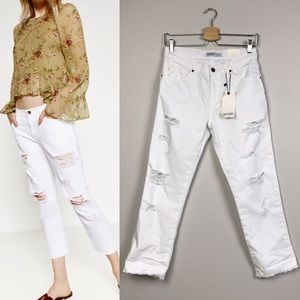 NWT Zara relaxed mid-rise white jeans
