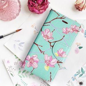 Accessories - iPhone 8 and 8 Plus Trendy Wallet Folio Case🌸