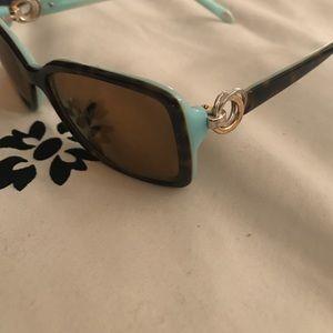 Sale! Tiffany & Co sunnies
