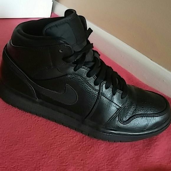 Nike Air Jordan 1 Retro Black Gummy.