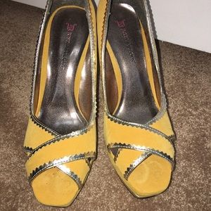 JustFab Shoes - JustFab size 9 heels