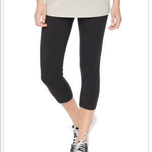 Motherhood Maternity Maternity Crop Leggings