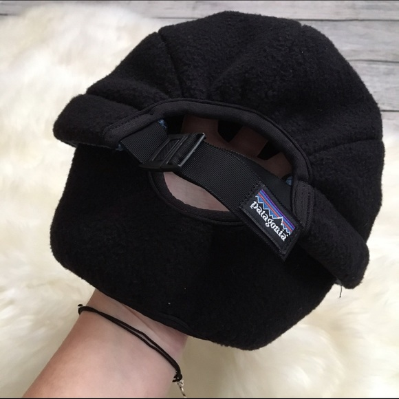 006b479328ca7 Patagonia retro duckbill fleece fold down cap hat. Patagonia.  M 5880e1a113302aeba5007359. M 5880e19cfbf6f9fb550071d3.  M 5880e19fd14d7bd81a015b67