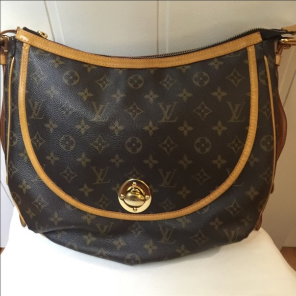 8fa926123232 Louis Vuitton Handbags - Authentic Louis Vuitton TULUM GM. Price Firm