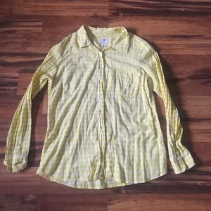 Yellow gingham GAP fitted boyfriend button down