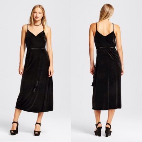 672d7ba083a6 Who What Wear Dresses | Nwt Velvet Wrap Slip Dress | Poshmark