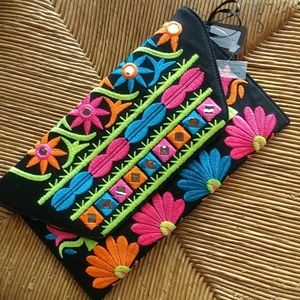 Handbags - Ethnic embroidery clutch/crossbody black bag
